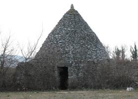 Bories plateau de Claparèdes à Bonnieux
