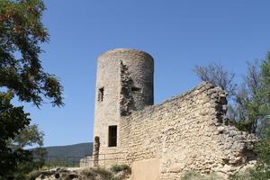 Ruines du château de Cucuron