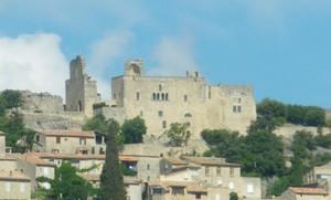 Château et village du Crestet