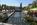 Les quais au bord de la Sorgue